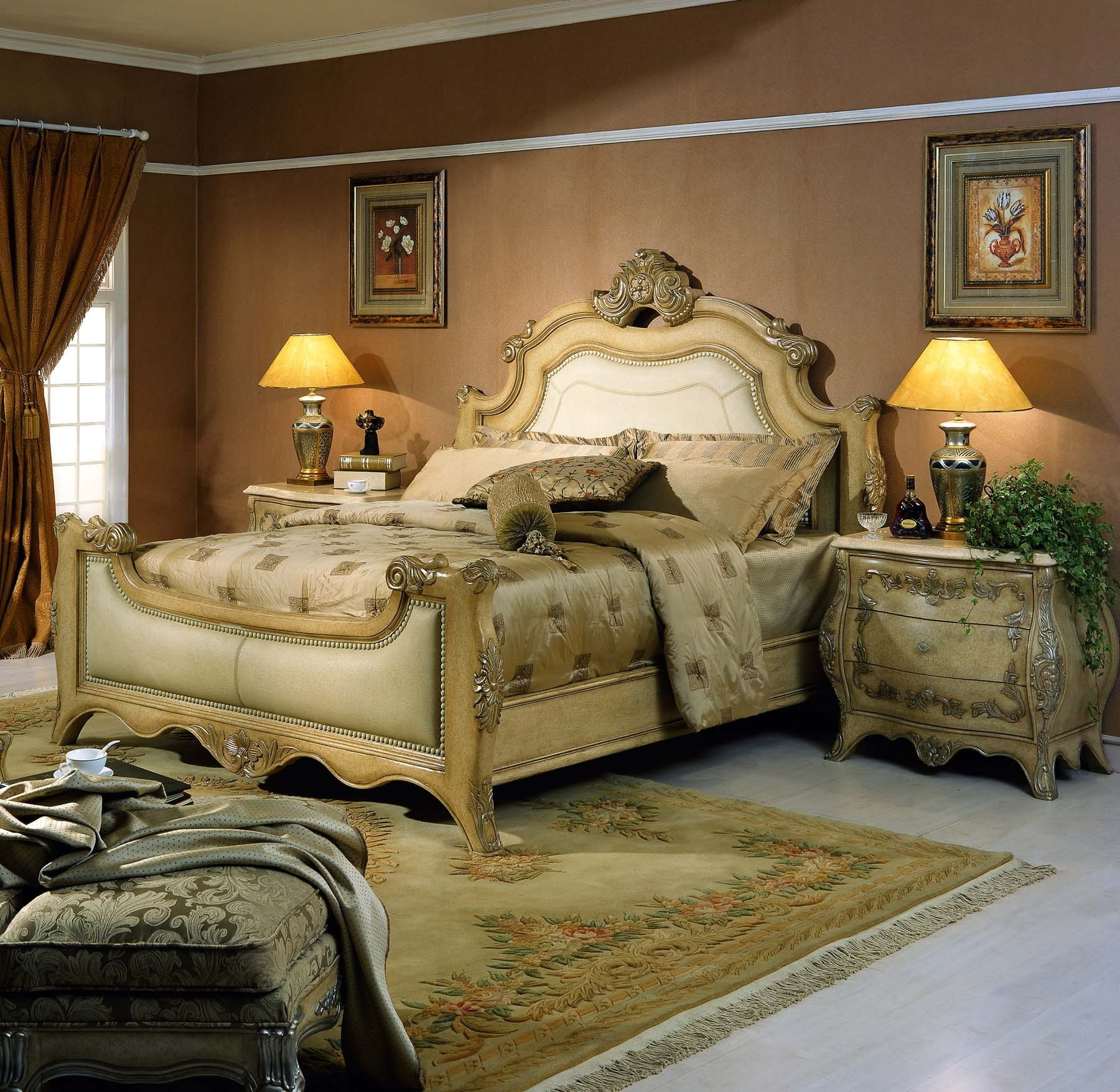 Sonoma Bed shown in Antique Bisque finish.